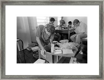 Fbi Agents In Jonestown, Going Framed Print by Everett