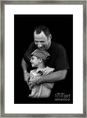 Feeling The Love Framed Print by Dale   Ford