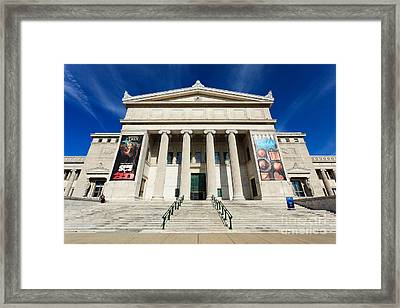 Field Museum In Chicago Framed Print by Paul Velgos