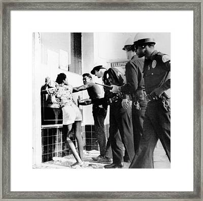 Fifth Day Of The 1965 Watts Riots Framed Print by Everett
