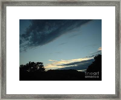 Framed Print featuring the photograph Final Glint by Mark Robbins