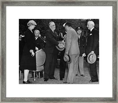 First Lady Eleanor Roosevelt Front Framed Print by Everett