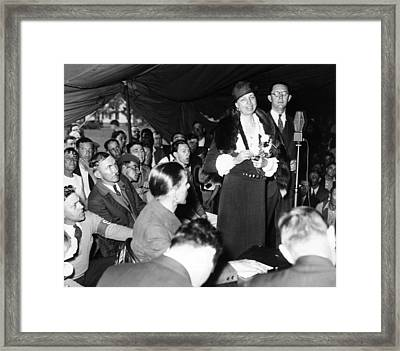 First Lady Eleanor Roosevelt Visits Framed Print by Everett