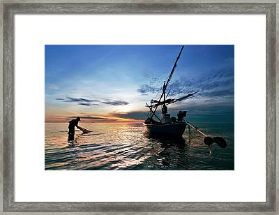 Fisherman Life Huahin Thailand Framed Print by Arthit Somsakul
