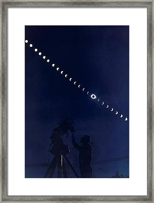 Five-minute-interval Photographs Show Framed Print