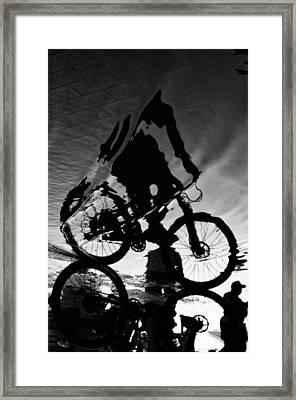 Fluid Framed Print by Mauricio Jimenez