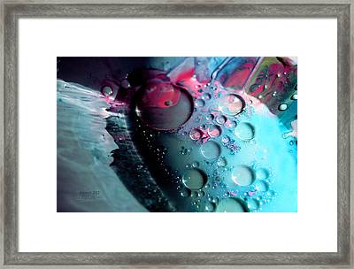 Fluidism Aspect 283 Photography Framed Print by Robert Kernodle