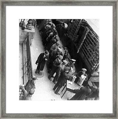 Food Handouts In New York In 1930 Framed Print by Everett
