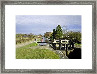 Fradley Middle Lock No. 18 Framed Print by Rod Johnson