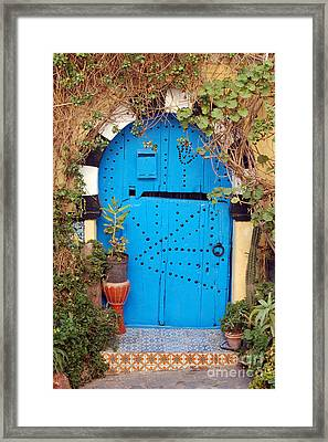 Framed Print featuring the photograph Friendship Door by Eva Kaufman