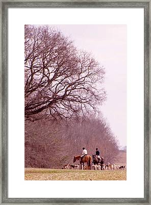 Full Cry Hunt Ll Framed Print