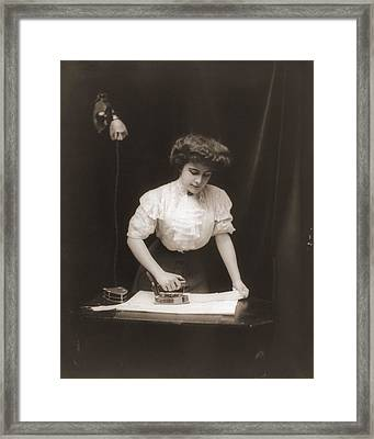 General Electric Advertising Photo Framed Print by Everett