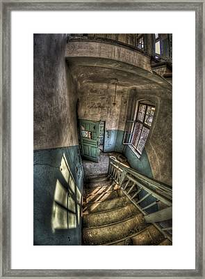 Going Down  Framed Print by Nathan Wright