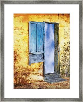 Going In Framed Print by Skip Nall