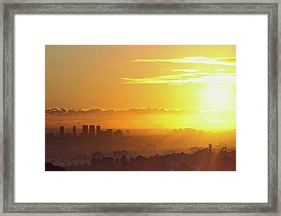 Golden Horizon At Sunset, Los Angeles Framed Print by Eric Lo