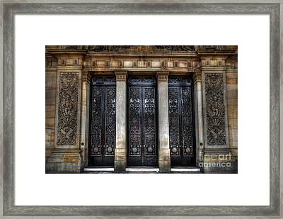 Grand Door - Leeds Town Hall Framed Print by Yhun Suarez