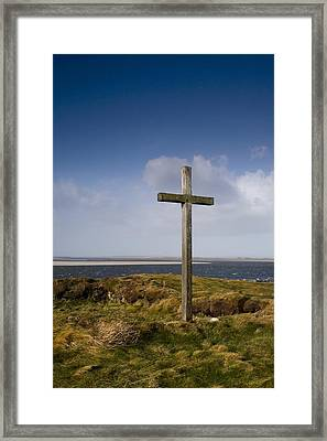 Grave Site Marked By A Cross On A Hill Framed Print by John Short