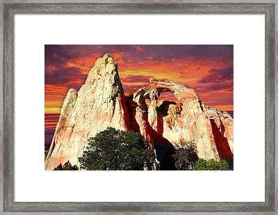 Grosvners Arch Framed Print by Marty Koch