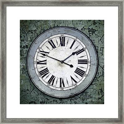 Grungy Clock Framed Print by Carlos Caetano