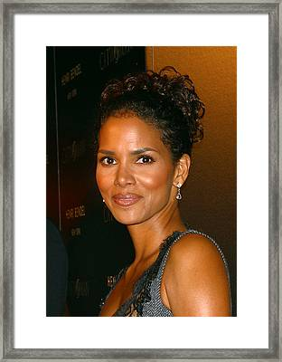 Halle Berry At The Henri Bendel Framed Print