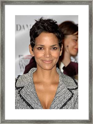 Halle Berry In Attendance For The Framed Print