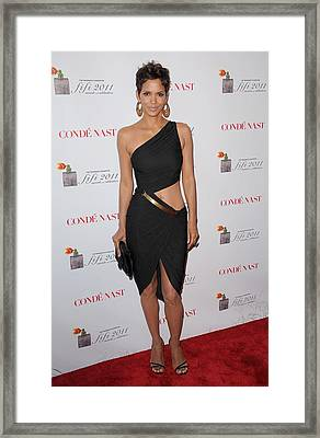 Halle Berry Wearing A Halston Dress Framed Print