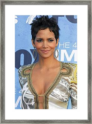 Halle Berry Wearing An Emilio Pucci Framed Print by Everett