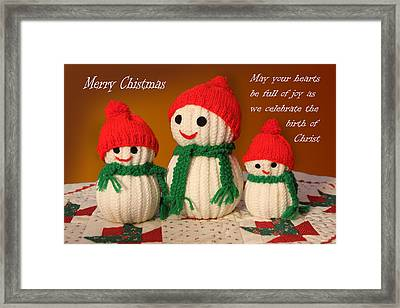 Hand Knit Snowmen Framed Print by Linda Phelps