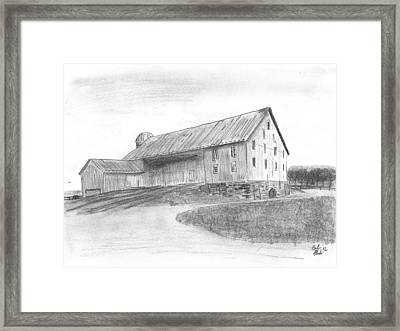 Hanover Barn 1 Framed Print