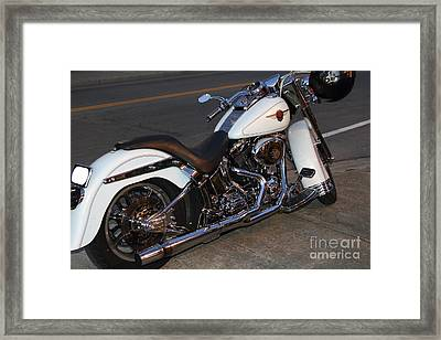 Harley-davidson Motorcycle . 7d12757 Framed Print by Wingsdomain Art and Photography