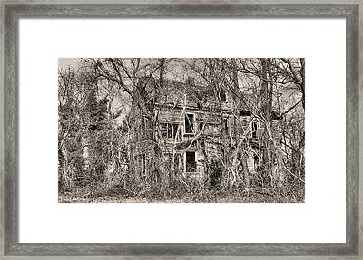 Haunting In Delmarva Framed Print by JC Findley