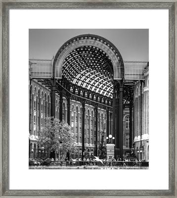 Hays Galleria London Framed Print by David French