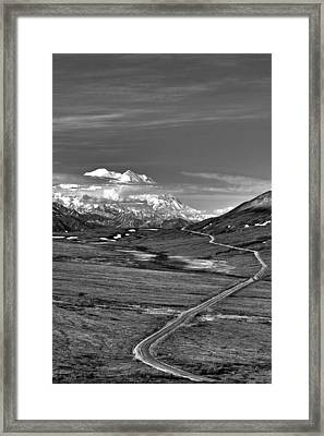 Headed To Mc Kinley D9746 Framed Print by Wes and Dotty Weber