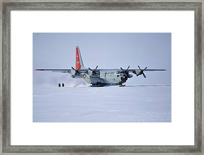 Hercules Lc130h 02 Framed Print by David Barringhaus