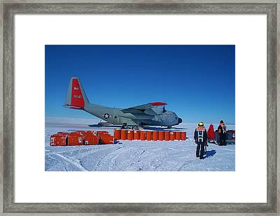 Hercules Lc130h 03 Framed Print by David Barringhaus