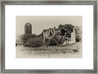 High Winds Old Barn Not Good Framed Print by Wilma  Birdwell