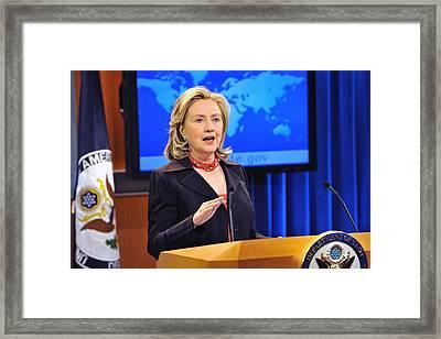Hillary Clinton Speaking Framed Print by Everett