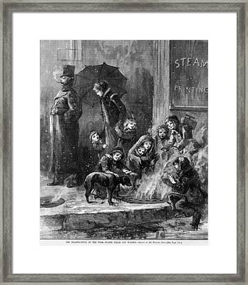 Homeless Women And Children Heating Framed Print by Everett