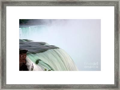 Horseshoe Falls Mist Framed Print