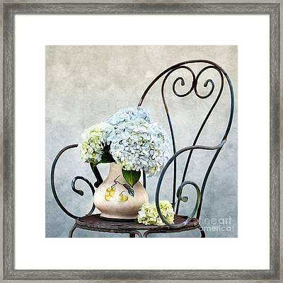 Hortensia Flowers Framed Print