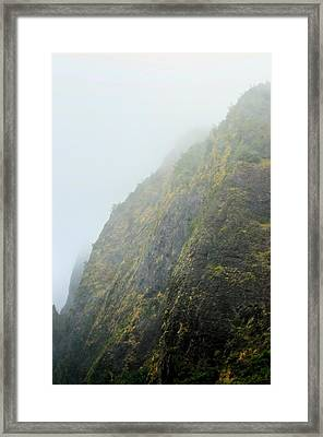 Iao Cliff Framed Print