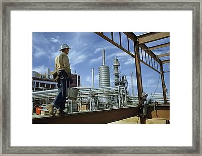 Iron Workers Erect A New Building Framed Print by Robert Sisson