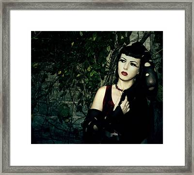 Ivy Framed Print by Cinder Thorne