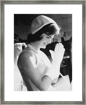 Jacqueline Kennedy Visiting A Childrens Framed Print by Everett