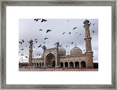 Jama Masjid (mosque) Framed Print by Guylain Doyle