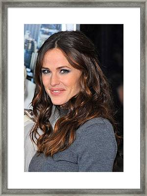 Jennifer Garner At Arrivals For Arthur Framed Print