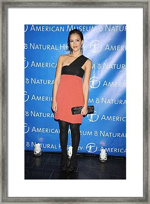 Jessica Alba  Wearing A Narciso Framed Print by Everett