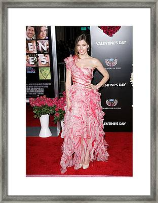 Jessica Biel Wearing An Oscar De La Framed Print by Everett