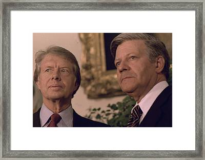 Jimmy Carter Meeting With German Framed Print by Everett