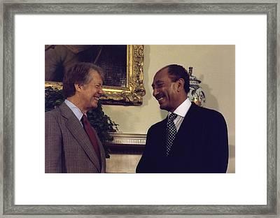 Jimmy Carter With Egyptian President Framed Print by Everett